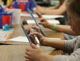 6 Apps Students Should Have On Their Phones